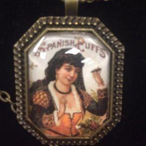 Cigar label necklace Spanish Puffs